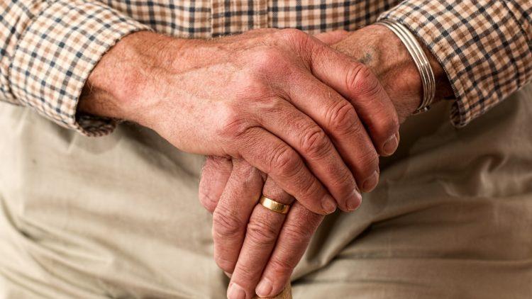 GDO e Società: i servizi agli over 70